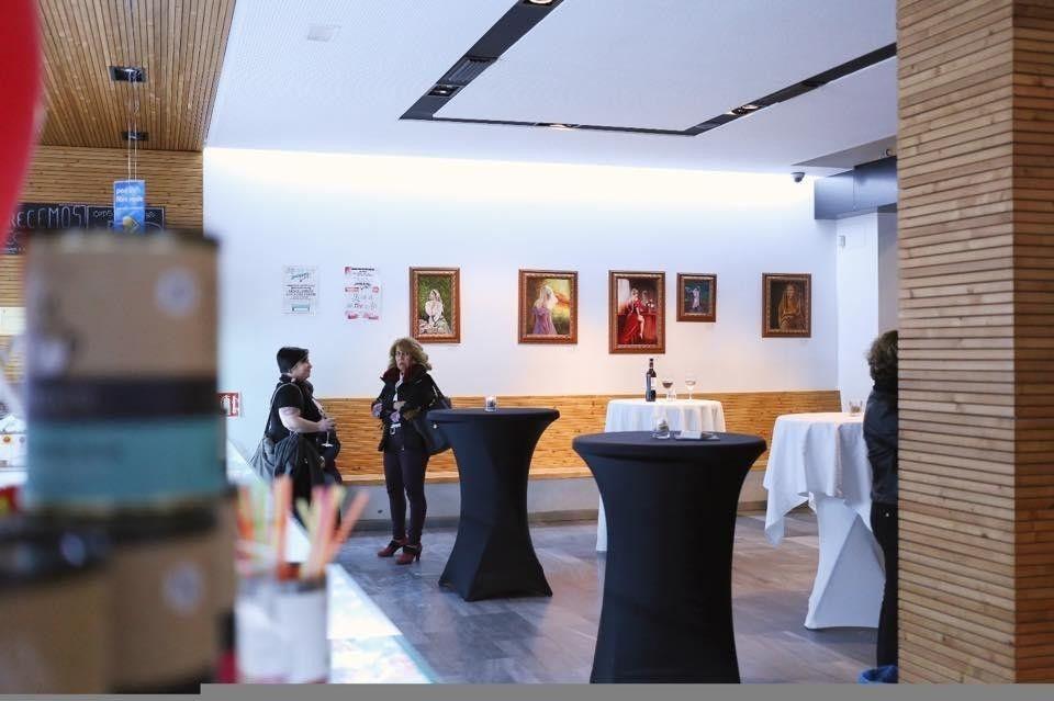 Gallery nuestra exposición de Arte en nuestra Panadería de Pilar de la Horadada3